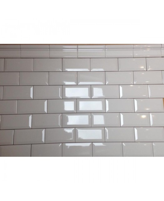 Бордюр Moldura Antigua Blanco Brillo (Dar Ceramics) Испания 5x15